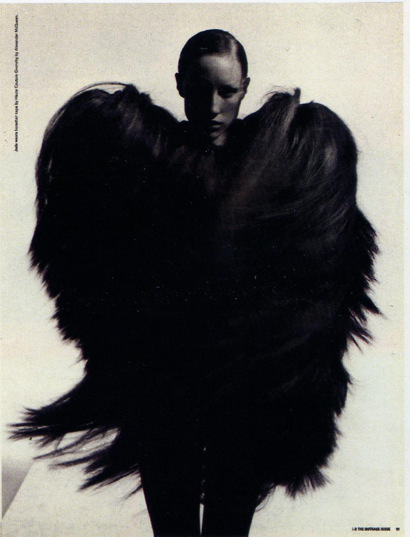 Look de Alexander McQueen na revista i-D / dezembro de 1997
